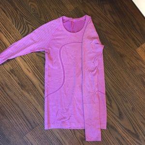 Purple/pink lulu top!!